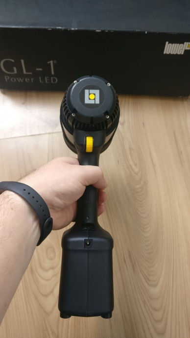 Vand - Lowel GL-1 LED Power - lumina spot rotund